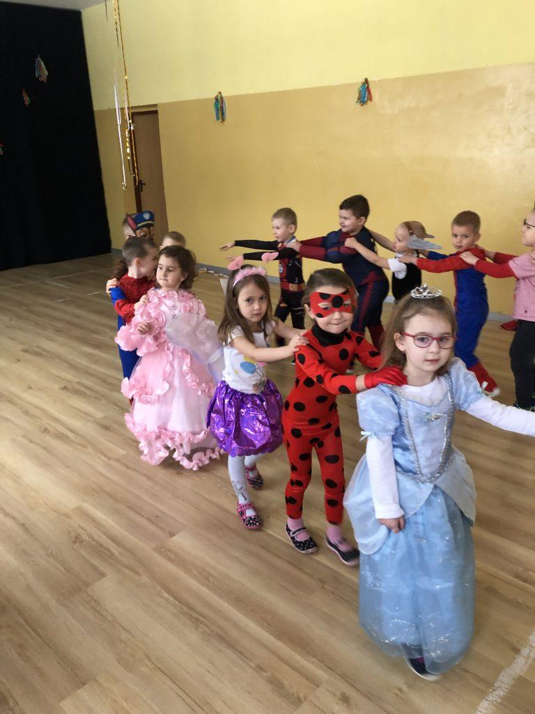 Bal Karnawałowy 4 - latki