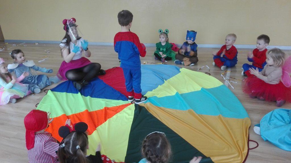 Bal Karnawałowy 3 - latki